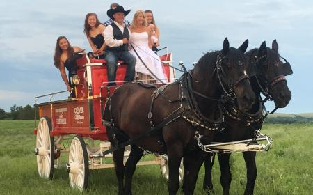 Wonderful family wedding at the Clover Cliff Ranch 2016